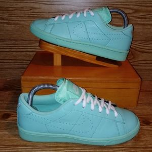 Pre-owned 2015 leather nike mint/seafoam colorway